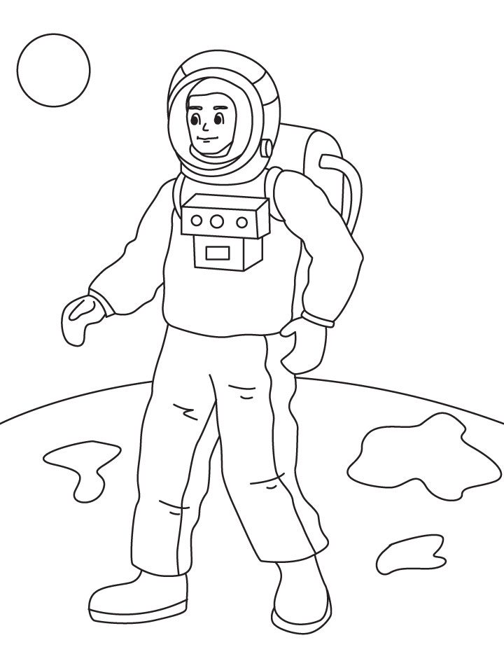 astronaut grabbing a star coloring page free printable - 720×954